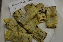 Tradiční starodávné jídlo ze Slovácka - amolety z bramborového těsta. Ilustrační foto.