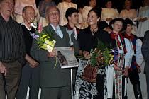 Akci provázelo i vystoupení, představili se autoři Slávek Štěrba a Romana Habartová.