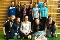 Mladší žákyně SHK Kunovice sbírají medaile jednu za druhou.