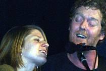 Markéta Irglová z Valašského Meziříčí a její přítel hudebník Glen Hansard.