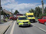 Kvůli čelnímu střetu dvou automobilů ve Strání musela být do nemocnice převezena také celá rodina včetně malého dítěte a těhotné ženy.