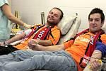 Fotbalisté z fotbalového týmu okresního přeboru z Ostrožské Lhoty vyrazili na transfuzní stanici v Uherském Hradišti.