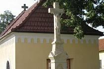 Chloubou centra Sušic je kaple i restaurovaný kříž.
