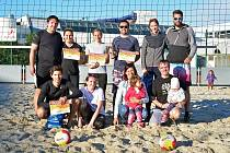 18 týmů z ČR se vUherském Hradišti zúčastnilo turnaje smíšených dvojic Afrika beach open.