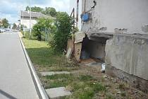 Rampa se změnila na příbytek pro bezdomovce.