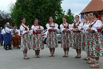 Dívčí sbor Světlovanu.