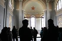 """Účastníci semináře """"Muzeum komunismu ve věznici?"""" diskutovali o podobě památníku v hradišťské věznici."""