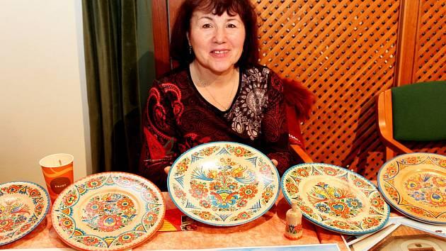 Lidoví tvůrci představili vhradišťské Redutě svůj um, ale se jim dostalo ocenění vpodobě ochranné známky Tradiční výrobek Slovácka.