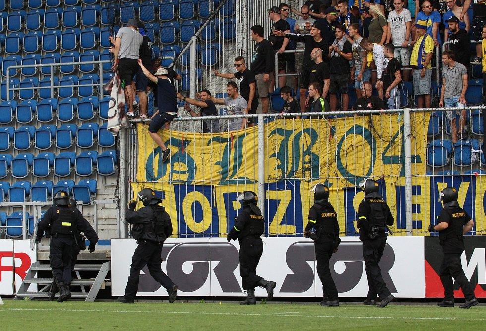 Derby Slovácko vs. Zlín v Uherském Hradišti