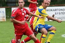 Fotbalový záložník Brumova Ondřej Školník se v roce 2011 potkal na hřišti i s odchovancem valašského klubu Tomášem Poláchem. Dnes vyzve Slovácko.