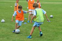 Na tradiční prázdninový kemp do Horního Němčí se přihlásilo 23 malých fotbalistů.