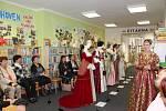 Výstava historických šatů v Dolním Němčí