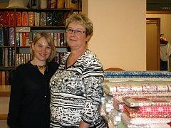 Pro Janu Zálešákovou je prodej krojového textilu rodinnou tradicí.