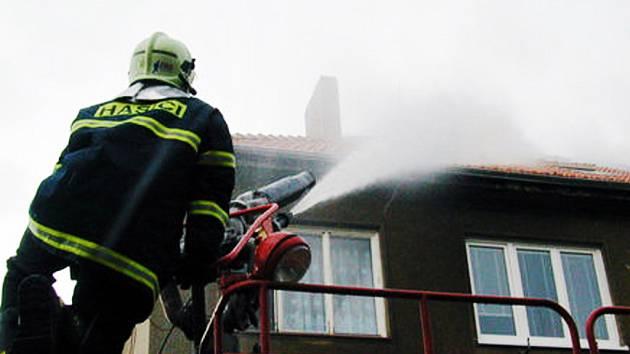 Právě pri malých požárech lidé nejčastěji umírají.
