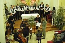 Vánoční koncert v hradčovickém kostele.