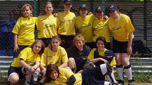 Juniorkám Kunovic zatím v Moravskoslezské lize žen patří pátá příčka, když mají stejně bodů jako čtvrtá Olomouc.