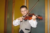 Houslista David Pipal z Kunovic má sedm let.