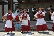 Vystoupení zahraničních folklórních souborů v muzeu v Uherském Brodě.  Na snímku italský soubor Gruppo Folk Val di Mazara z Mazara del Valle na Sicílii.