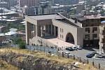 Jerevan. Vila věnovaná státem Charlesi Aznavourovi.