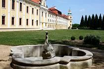 Komentované prohlídky s názvem Toulky barokní zahradou oživily zájem veřejnosti o historii klášterních zahrad.