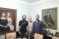 S paní Dolores Baťovou a brněnským dobrovolníkem Petrem Kovářem