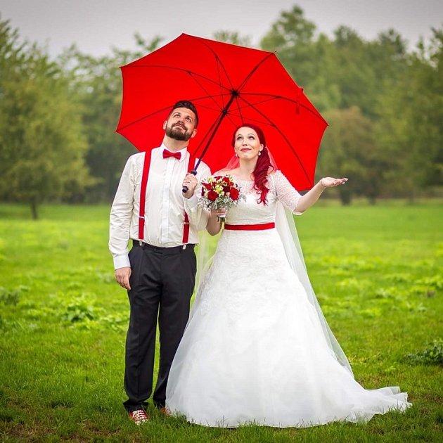 Svatební soutěžní pár číslo 16 - Jitka a Milan Pavlíkovi, Uherské Hradiště
