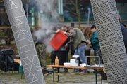 Návštěvníci zabijačky v Bojkovicích si mohli vybírat z množství vepřových produktů.