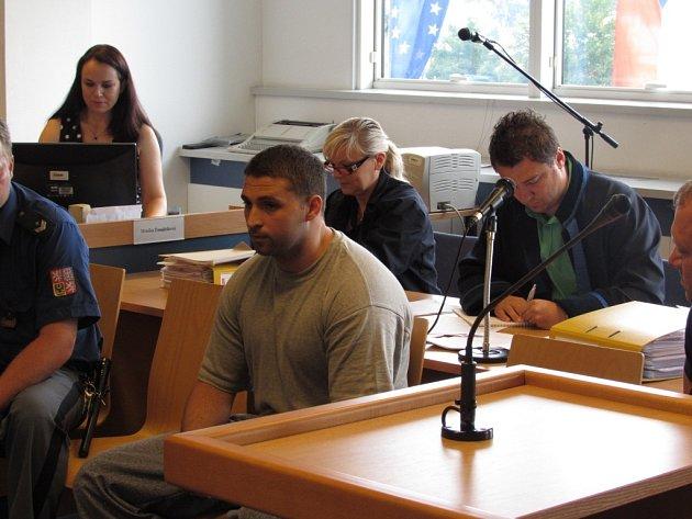 Soud ve Zlíně ve čtvrtek 12. června opět projednával incident z roku 2010, při němž zemřel Petr Haluška z Kunovic.