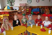 Prostory mateřské školy ve Zlámanci už nutně potřebují opravu. To, zda kvůli rekonstrukci obec obětuje kus, rozhodne referendum. Ilustrační foto.
