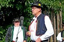 MEDOVÉ PĚNÍ. Lidové i slovácké písně budou v sobotu odpoledne a večer znít areálem kudlovické chalupy Strmenských.