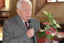 Lingvista, bývalý ministr kultury a kněz Petr Piťha.
