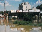 Autobusové nádraží celé pod vodou.