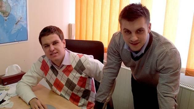 Majitelé firmy Slevíci.cz Jiří Švirák a Roman Tinka