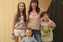 Anna Pospíchalová s dětmi