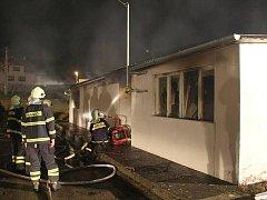 Požár skladovací haly v Bojkovicích