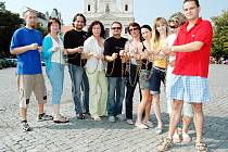 Redakce Slováckého deníku se jako první kolektiv zapojila do humanitární akce zlínského rádia RockMax.