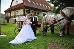 Soutěžní svatební pár číslo 102  –  Iveta a Josef Smolkovi, Drnovice