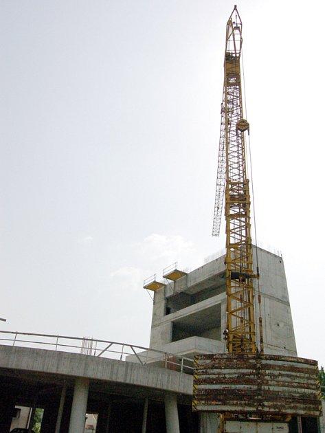 Věže s vyhlídkou musí do finální podoby ještě o dvacet metrů povyrůst.