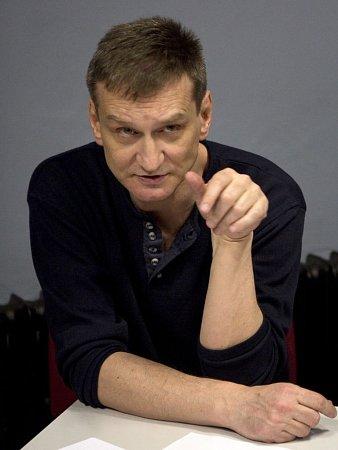 Režisér Zdeněk Dušek.