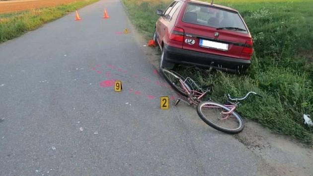 Další cyklista zahynul na cestě mezi Zlechovem a Nedakonicemi.