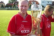 V roce 2011 slavil Michal Lukůvka s Nedakonicemi vítězství v okresním přeboru a postup do I. B třídy.