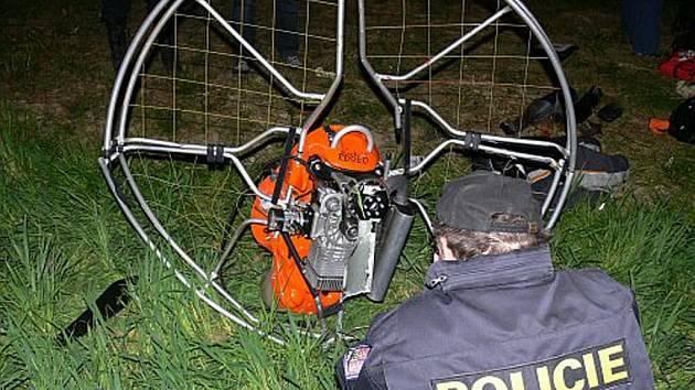 U obce Topolná se smrtelně zranil paraglidista.