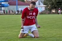 Útočník Uherského Brodu Jan Michalec se raduje po postupu v MOL Cupu.