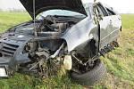 Hrubě pod vlivem alkoholu nezvládl jízdu ve vozidle VW Polo ve čtvrtek 8. listopadu dopoledne mezi Vlčnovem a Uherským Brodem mladý řidič.