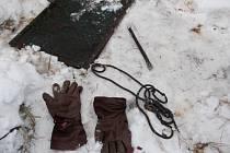 Zloděje kovů i s lupem nedávno zadrželi strážníci v Uherském Hradišti-Sadech. Většinou se ale strážcům zákona podobné zloděje dopadnout nepodaří.