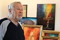 """Pod názvem """"Hudeček versus Steinberg – obrazy proti koronaviru"""" byla v uherskohradišťské Galerii s Andělem (Interier Group) v říjnu loňského roku instalována výstava obrazů Zdeňka Hudečka z Uherského Ostrohu."""