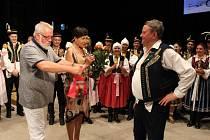 Sedmdesátiny zpěváka a dlouholetého primáše cimbálové muziky Olšava Lubomíra Málka a křest jeho zpěvníku s názvem Primášovy písničky. Oslava pokračovala i po kulturním programu.