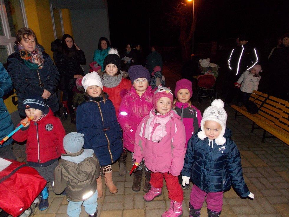 Největší celorepubliková akce Deníku Česko zpívá koledy se uskutečnila také ve Květné.
