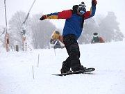Začátek sezony v lyžařském středisku Stupava.