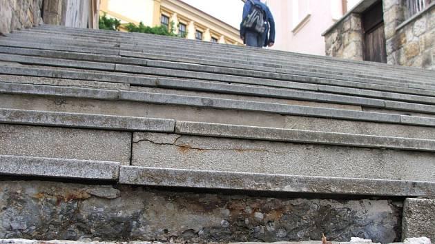 Tzv. velké schody v Uherském Brodě čeká rekonstrukce.